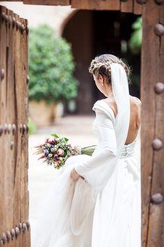 Simple Elegant Wedding Dress, Boat Neck by Miss Zhu Bridal on Zibbet Boat Neck Wedding Dress, Long Gown For Wedding, Simple Elegant Wedding Dress, Long Sleeve Wedding, Modest Wedding Dresses, Bridal Dresses, Wedding Gowns, Backless Wedding, Reception Dresses