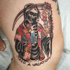 Vacation Reaper Tattoo von Jen Lee bei in San Francisco, Kalifornien # . Skull Sleeve Tattoos, Leg Tattoos, Body Art Tattoos, Tattoo Drawings, Tattoo Old School, Old School Tattoo Designs, Trendy Tattoos, Tattoos For Guys, Tatuagem Old Scholl