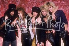 Neil Zlozower - Rock Paper Photo Store Guns N Roses, Axl Rose, Duff Mckagan, Music Photographer, Photo Store, Welcome To The Jungle, Wattpad, John Deacon, The Duff
