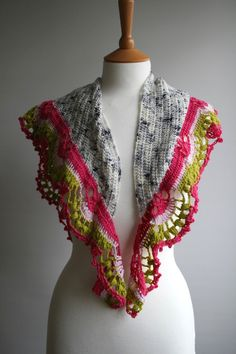 Crochet pattern, girl and women lace cowl pattern, scarf crochet pattern, colour…