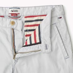 Chino Slim | Plaza Taupe | Tommy Hilfiger® | 8719109552748 Tommy Hilfiger, Hilfiger Denim, Linen Trousers, Trouser Pants, Stylish Shorts For Men, Nike Clothes Mens, How To Wear Loafers, Fashion Pants, Mens Fashion