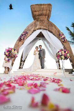 Lidia Grosso Photography   www.photosmilephotos.com info@photosmilephotos.com  #cancunweddingphotographer #rivieramayaweddingphotographer   Dreams Riviera Cancun Photographer, Wedding photography Riviera Maya, Mexico, Cancun Wedding Photographer