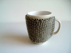 Cornflower Blue: Cozy Mug Cozy Knitting Pattern. Super easy to follow pattern (just need to do seed stitch).