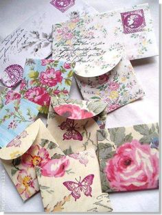 Ana Rosa ★ ♥ ♡༺✿ ☾♡ ♥ ♫ La-la-la Bonne vie ♪ ♥❀ ♢♦ ♡ ❊ ** Have a Nice Day! ** ❊ ღ‿ ❀♥ ~ Mon June 2015 ~ ❤♡༻ ☆༺❀ . Paper Art, Paper Crafts, Diy Crafts, Tarjetas Diy, Handmade Envelopes, Decorated Envelopes, Paper Envelopes, Pocket Envelopes, Square Envelopes