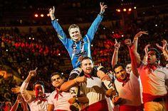 Em disputas épicas na Plaza de Toros, neozelandês sai na frente na abertura do Red Bull X-Fighters.