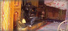 Pippin the Gypsy Caravan
