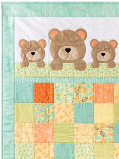 Bear quilts - Make a Perfect Gift for a Newborn Baby Sweet Dreams Baby Bear Quilt Pattern – Bear quilts Quilt Baby, Baby Quilts Easy, Baby Boy Quilt Patterns, Baby Patchwork Quilt, Baby Girl Quilts, Baby Quilts For Boys, Cot Quilt, Bear Patterns, Doll Patterns