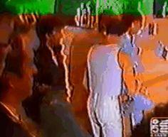 Freddie Mercury. Brian May. Roger Taylor. John Deacon. Queen. 1980s. gif.