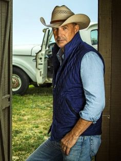 For transitional wearing add this John Dutton Yellowstone Kevin Costner Blue Cotton Vest to your collection, order at Fit Jackets online right away! Yellowstone Series, Cowboys Men, Kevin Costner, Blue Vests, Cotton Vest, Star Wars, Quilted Vest, Collar Styles, Jackets Online