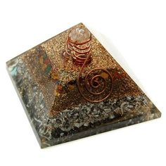 Other Benefits of Orgone  * Mitigates harmful EMF radiation * Purifies atmosphere *Ttransmutes negative energy into positive energy * Aids in better sleep * Benefits overall health * Enhances intuitive abilities * Gives off healing energy *Balances chakras