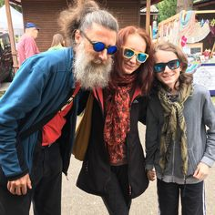 Family members of our best customers. Wooden Sunglasses, Round Sunglasses, Fan, Photos, Blue, Style, Fashion, Swag, Moda