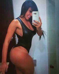 https://www.instagram.com/p/_Sq3gqn4dA/?taken-by=mujeresbellascolombia