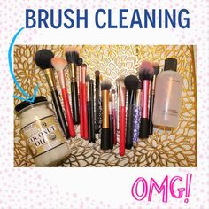 Clean your makeup brushes with Coconut Oil!