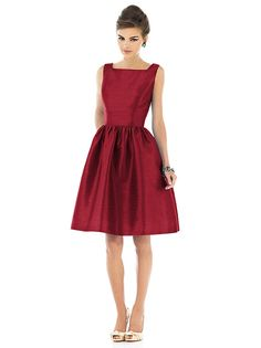 Alfred Sung Style D518 http://www.dessy.com/dresses/bridesmaid/d518/?color=barcelona&colorid=1066#.Um2hAflwqQI