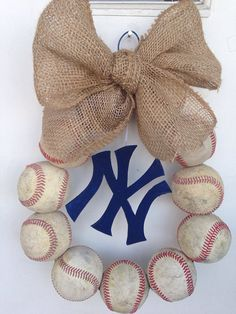 New York Yankees Burlap Baseball Wreath.DIY, minus the burlap Yankees Baby, New York Yankees Baseball, Baseball Mom, Baseball Wreaths, Baseball Season, Diamond Are A Girls Best Friend, Dodgers, Cool Stuff, Burlap