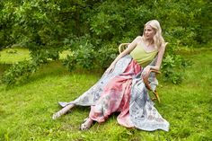 Midsummer Night is full of magic. The flowers in the meadow enchant their picker and predict the future. Wool Scarf, Cashmere, Scarves, Sari, Spring Summer, Future, Night, Flowers, Collection
