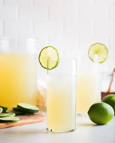10 Non-Alcoholic Cocktails That Aren't Too Sweet Maple Limeade(Image credit: Maria Siriano) W… 10 Non-Alcoholic Cocktails That Aren't Too Sweet Maple Limeade(Image credit: Maria Siriano) When it comes to making or ordering a non-alcoholic drink, there are Best Non Alcoholic Drinks, Drinks Alcohol Recipes, Drink Recipes, Bartender Recipes, Tipsy Bartender, Mojito Mocktail, Limeade Recipe, Blueberry Juice, Lime Soda