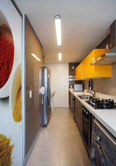 Cor dá personalidade a cozinhas. Veja 14 projetos para você se inspirar - Casa e Decoração - UOL Mulher