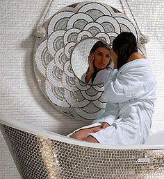 зеркало с дев (364x400, 60Kb)