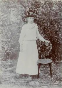 Boer Women in the Anglo-Boer War | Afrikaanse Nuus The Valiant, War, Wedding Dresses, Women, Bridal Dresses, Bridal Gowns, Wedding Gowns, Women's, Weding Dresses