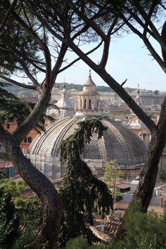 Villa Borghese Roma Italy - nosso borghese teve seu nome dessa obra aí.
