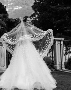 The bride wore Oscar de la Renta for her wedding in Lake Como, Italy. #ODLRBridal