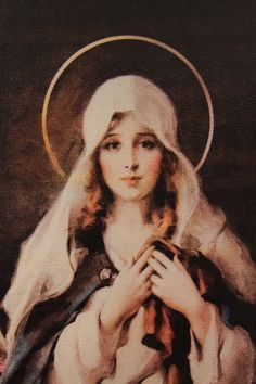 A beautiful Madonna, Anna could pose with Garrett. Divine Mother, Blessed Mother Mary, Blessed Virgin Mary, Religious Pictures, Religious Icons, Religious Art, Immaculée Conception, Jesus E Maria, Image Beautiful