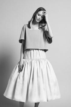 Thyrus - Veste courte en laine couleur céladon #couture #DelphineManivet