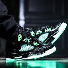 purchase cheap 3d972 f6649 Bmj Jordan 5, Onda Retro Jordan, Zapatos Retro, Air Jordans, Juego De