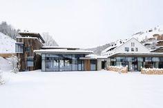 Hotel Wiesergut in Hinterglemm Austria by Gogl Architekten - Amazing Hotel Architecture www.jebiga.com