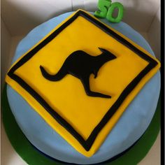 kiwis crossing the ditch Birthday Cakes For Men, Man Birthday, Australia Cake, Party Themes, Party Ideas, Big People, Just Cakes, Specialty Cakes, Julie