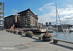 Norway: Oslo: at  Aker Brygge
