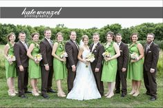 Real wedding: Green bridesmaids dresses by Amanda Archer