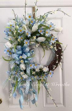 Blue Spring Wreath.  Blue daisy wreath.  by JansElegantWreaths