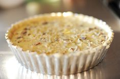 Fact: Real cowboys don't eat quiche. I've been making this deep-dish quiche—and variations of it—for about ten years. Perfect Quiche Recipe, Crustless Quiche Lorraine, Food Network Recipes, Cooking Recipes, Apricot Recipes, Quiche Recipes, Ree Drummond, Baking Supplies, Deep Dish