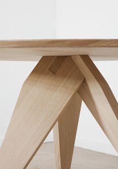 noch ein runder tisch | another round table - olivier rambert + singal moesch - moyard