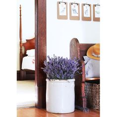 Farmhouse entry with lavender in vintage crock // the Grit and Polish