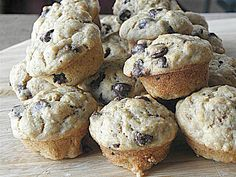healthy whole wheat banana chocolate chip muffins