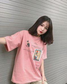 Ulzzang Short Hair, Korean Short Hair, Ulzzang Korean Girl, Cute Japanese Girl, Cute Korean Girl, Asian Girl, Jung So Min, Medium Hair Styles, Short Hair Styles
