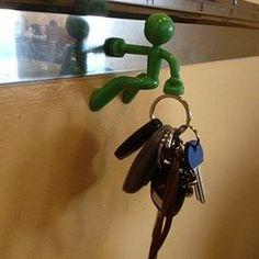 Marvelous Key Pete Strong Magnetic Key Holder Hook Keys Magnet   Green (Green)