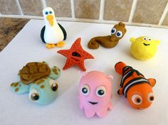 love the turtle. Ocean Creatures Fondant Cupcake Toppers