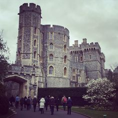 c a s t l e #windsorcastle #windsor #castle #england #uk #english #beautifulcastle #heritage #englishheritage #royal #royalty…