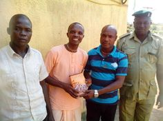Books distribution in the prison house by Iskcon Benin,Nigeria. Today 1st of December, 2014 the devotees of Iskcon Benin,Nigeria. visited the Oko prison house (along airport road in Benin),with one...