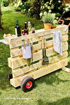 Diy Pallet Wooden Furniture Latest Projects – Pallet ideas The post Diy Pallet Wooden Furniture Latest Projects appeared first on Wood Decoration Palette.