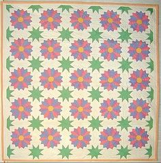 Dresden Plate with Stars Quilt; Ca. 1930; Pa.
