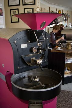What a beauty ! Giesen coffee roaster