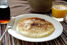 French Canadian Crepes, an easy crepe recipe that is great for breakfast. The crepes have crispy edges and are great with maple syrup or fruit sauce. Easy Crepe Recipe, Crepe Recipes, Waffle Recipes, Easy Recipes, Breakfast Crepes, Breakfast Time, Canadian Food, Canadian Recipes, Canadian Things