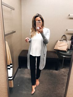 Ahh the Nordstrom anniversary sale is in full swing. Lounge Outfit, Lounge Wear, Casual Outfits, Cute Outfits, Fashion Outfits, Retro Outfits, Comfortable Outfits, Black Joggers Outfit, Nordstrom Anniversary Sale