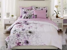 The Mainstays Plaid Bedding Bed-In-A-Bag is a complete set. Freshen the look of your bedroom with this bed ensemble. This plaid bedding set has neutral colors, making it easy to coordinate with any existing decor. Purple Bedding Sets, Cheap Bedding Sets, Best Bedding Sets, Bedding Sets Online, Luxury Bedding Sets, Comforter Sets, Floral Bedding, Modern Bedding, Kohls Bedding