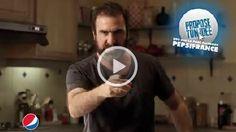 Eric_Cantona_Pepsi    Le King revient pour Pepsi, écoutez son message ici http://www.trendy-magazine.com/news/video-sponsorisee-pepsi-vous-lance-un-defi/#